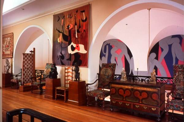 Miro tapesty by Marie Cuttoli in the Barnes Foundation